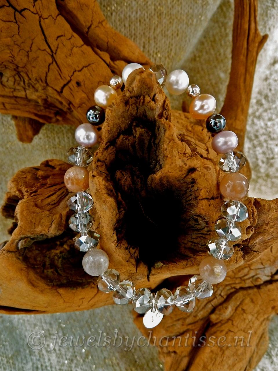 Kristalarmband met Parels en Zonnesteen