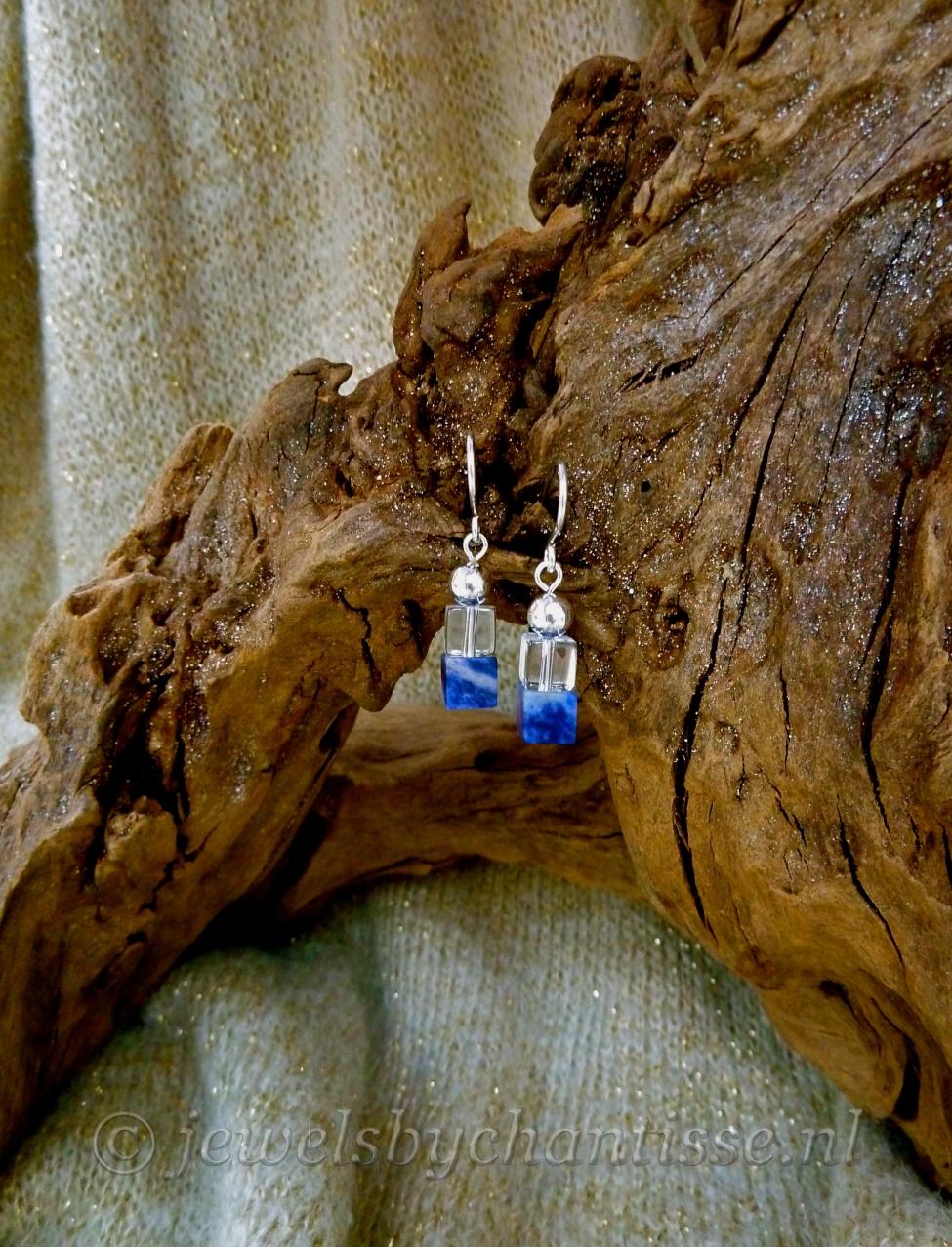Zilveren Oorbellen met Sodaliet en Bergkristal