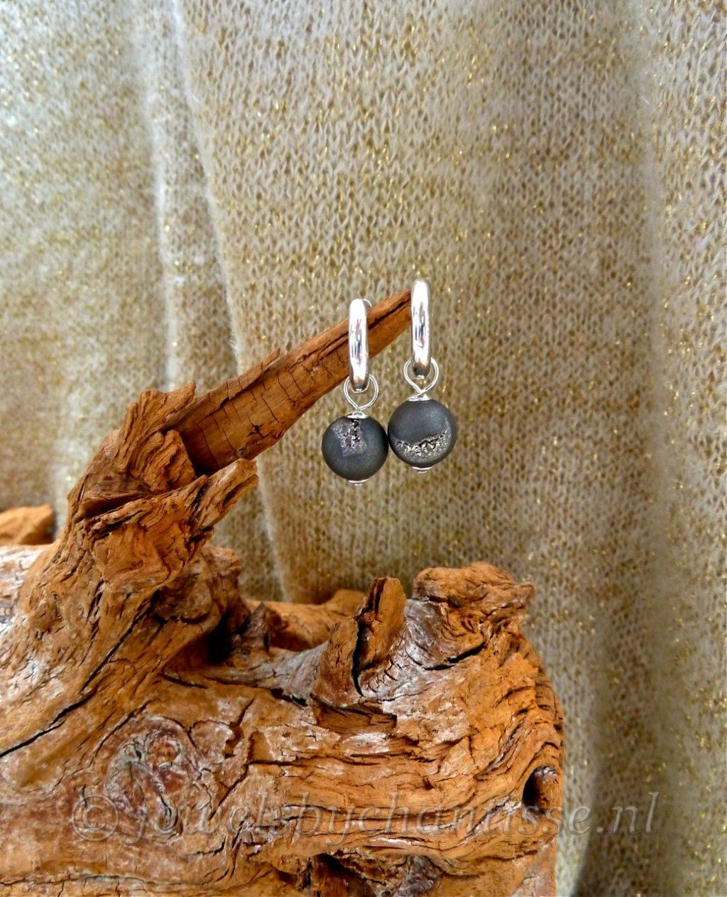 Zilveren Creolen met Geoden