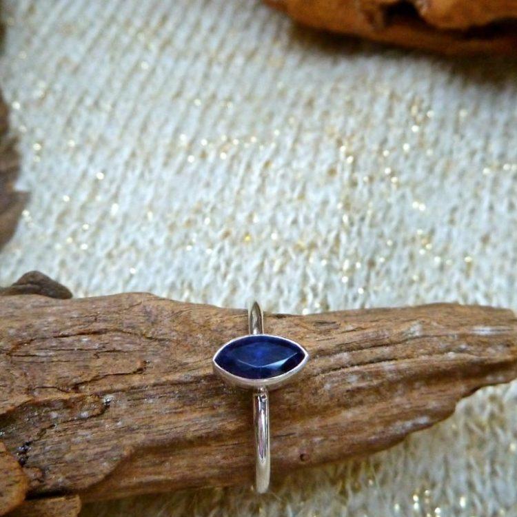 Zilveren Ring met Ioliet