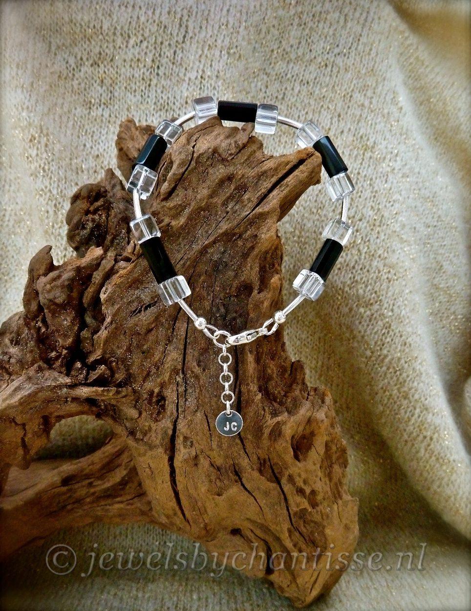 Zilveren Armband met Onyx en Bergkristal