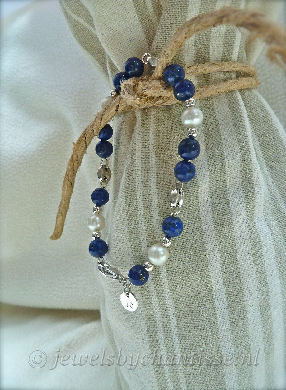 Zilveren Armband met Lapis Lazuli en Parels